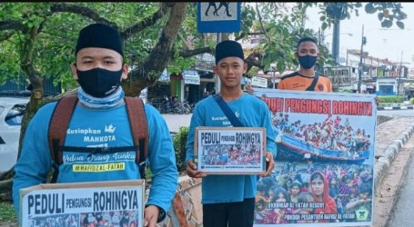 Al-Fatah Islamic Boarding School Raises Funds for Rohingya Stranded in Aceh