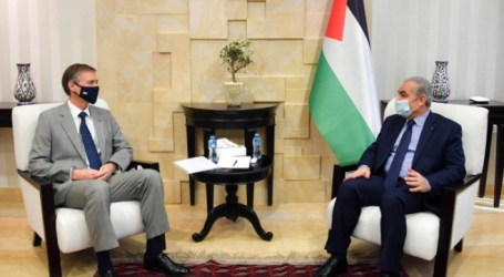 Palestinian PM: Leadership Rejects Israeli Extertion Attempts Related to Clearance Revenues