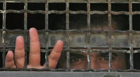 Hamas Calls for International Intervention to Save Palestinian Prisoners from Covid-19