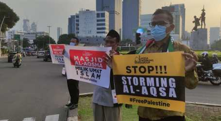 Indonesian Aqsa Working Group Holds Solidarity Action for Palestine