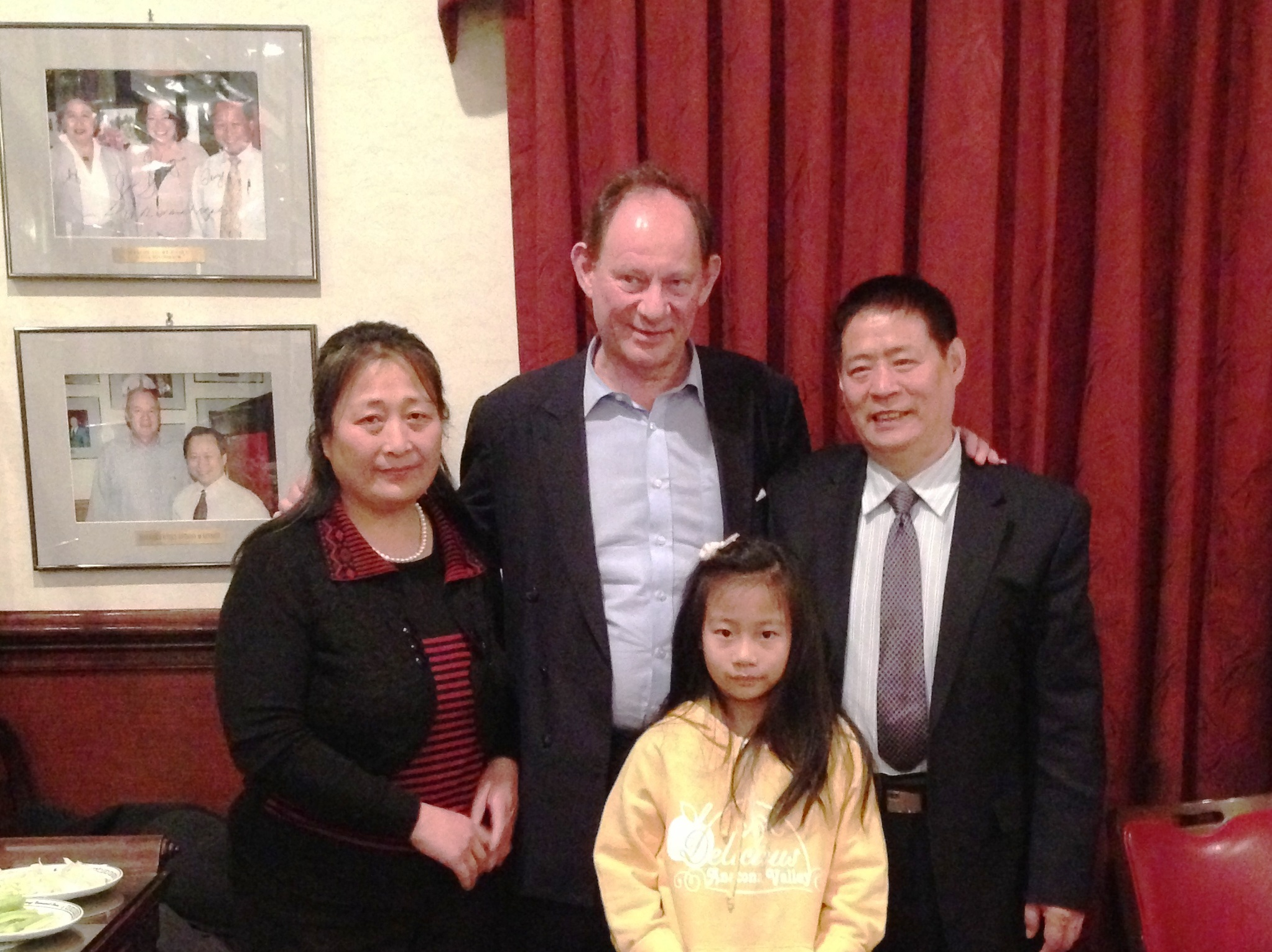 Mr. McMillan-Scott and Ms. Zhang Lianying and her family
