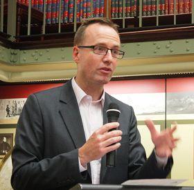 '澳洲纽省立法会成员、绿党司法事务发言人舒布瑞杰先生'