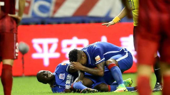Demba Ba's leg fracture renews call for upgrading soccer players' injury insurance