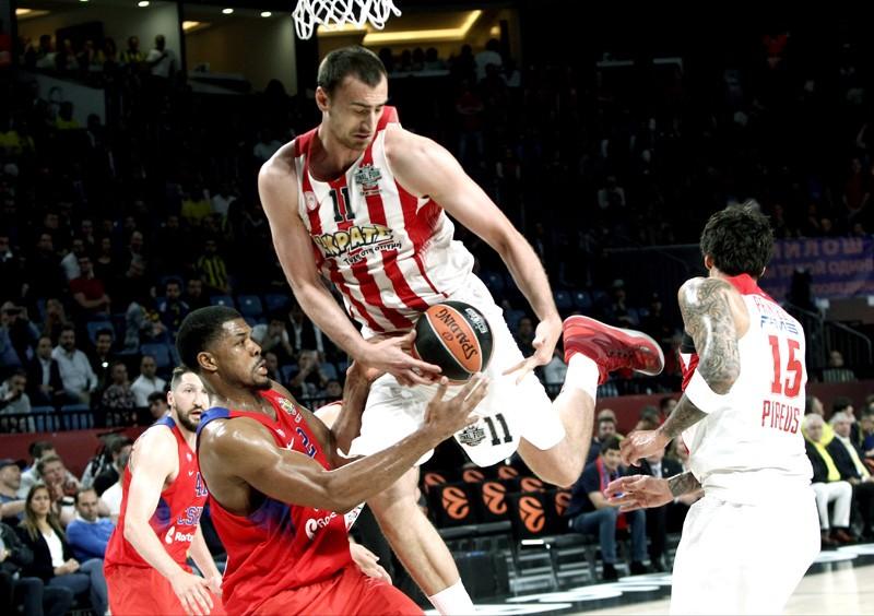 Olympiakos Vs Fenerbache Meet In Greekturkish Euroleague