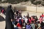 Syrian woman builds a school for displaced children in rural Idlib