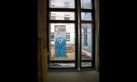 """<h5>Pariser Platz</h5><p>Pariser Platz 3 <strong>US Botschaft</strong> © <a href=""""http://galerie-noir.de"""" target=""""_blank"""" >Thierry Noir</a> <br>photo taken in unknown                                                                                                                                                                                                                                                                                                                                                                                                                                                                                                                              </p>"""