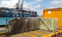 <h5>Thanks German Embassy</h5><p>Arrival of the Berlin Wall segment in Santo Domingo's harbour © German Embassy                                                                                                                                                         </p>