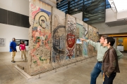 "<h5>The Berlin Wall in Washington, DC</h5><p>Details, Copyright:  <a href=""http://en.the-wall-net.org/?p=746"">Washington, DC</a> / more <a href=""http://en.the-wall-net.org/category/the-berlin-wall/us/"" >sites in the USA</a></p>"