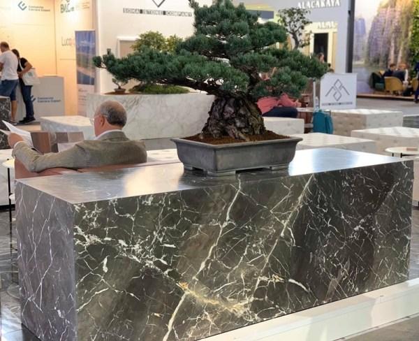 Gray Cehegin Marble Cladding