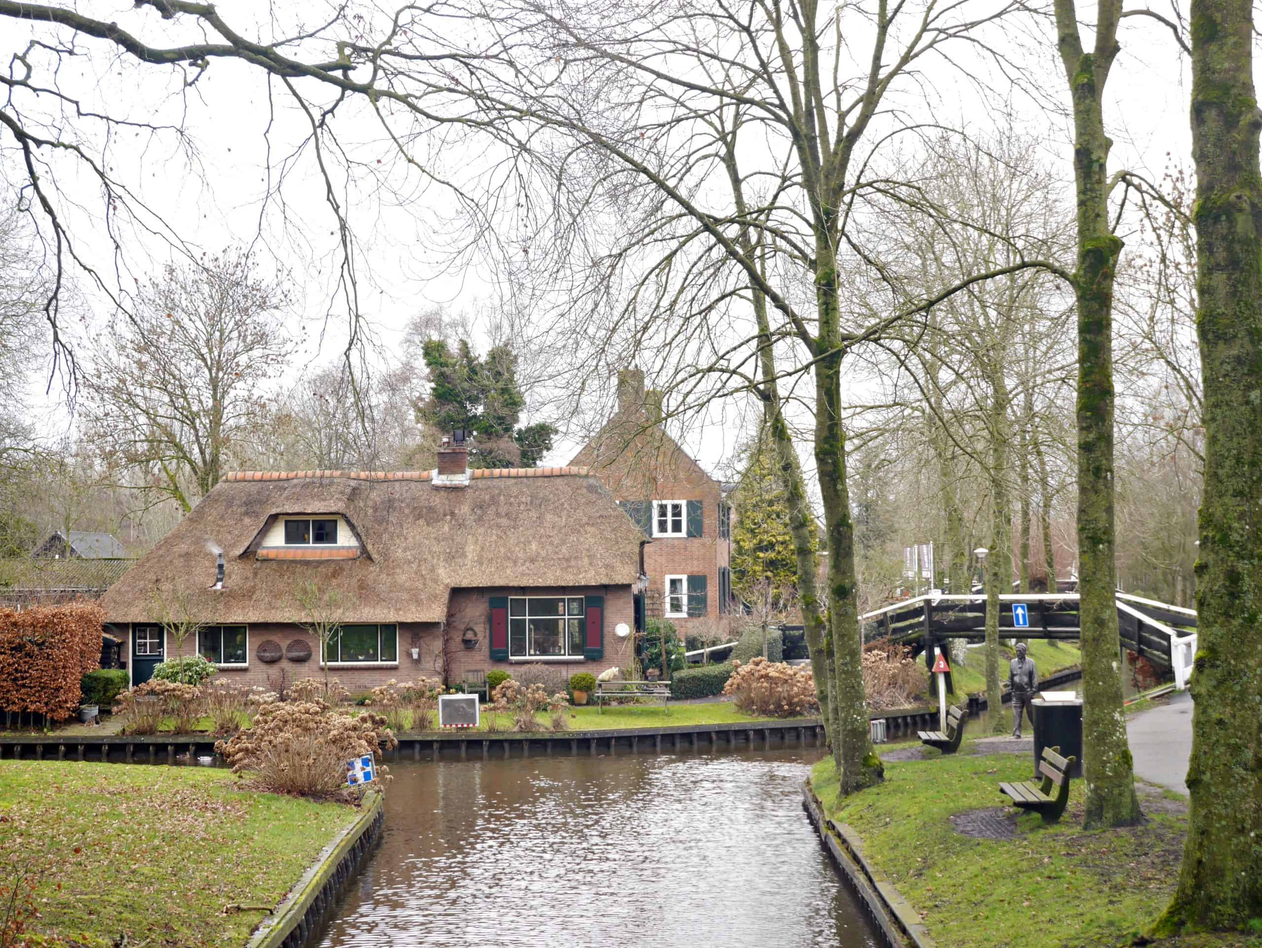 Giethoorn Travel Guide: our top travel tips