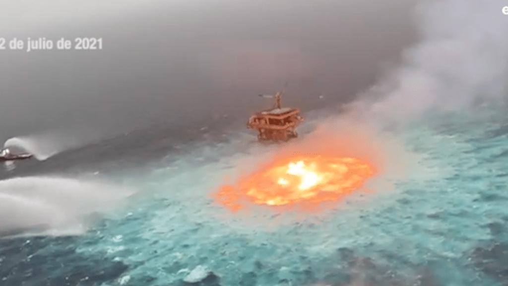 incendio ducto Pemex Campeche