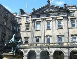 774px-the_edinburgh_city_chambers_high_street_edinburgh