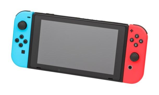 4096px-Nintendo-Switch-wJoyCons-BlRd-Standing-FL