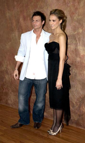 Marc & Jessica Alba