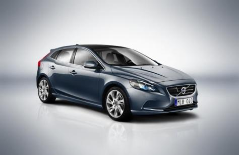 Volvo V40 Car Review_0000