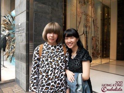 Posing with cutie bob head Sifraaaaa ^^ We were both in leopard print!