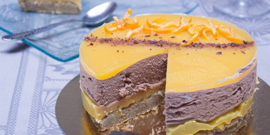 Entremet de Noël : orange, chocolat et pain d'épices