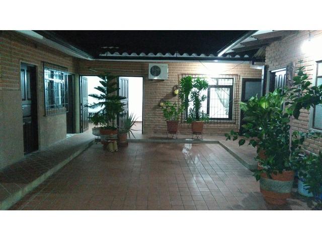 HABITACION AMOBLADA EN AV ALEMANA  Habitaciones  Santa Cruz