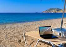Here are 8 Best Ways to Earn Money while Travelling 8