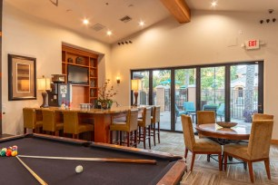 Clubhouse 2