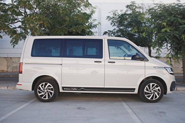 Volkswagen Multivan Outdoor EnCaravana 19