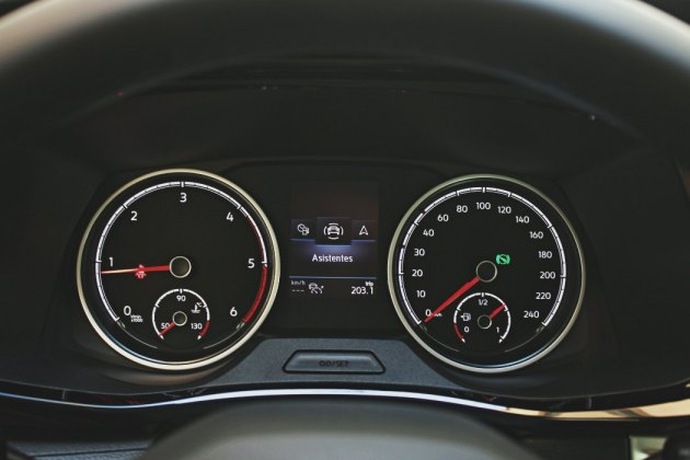 Volkswagen Multivan Outdoor EnCaravana 9