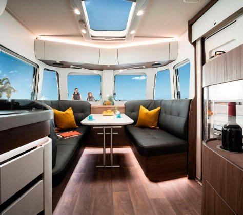 Caravanas de doble eje Eriba Touring 8