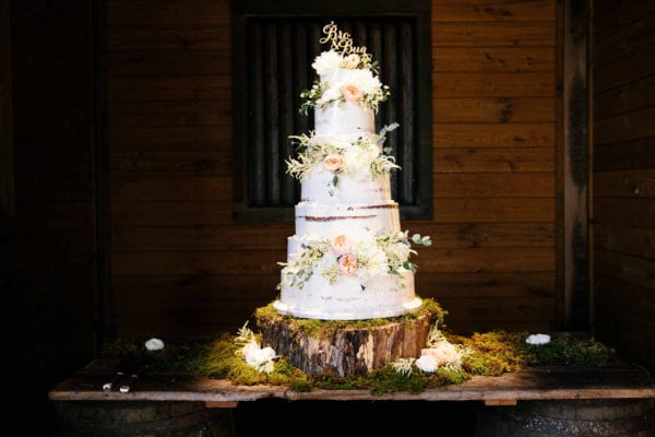 shawn-johnson-wedding-florals-enchanted-florist-tn-outdoor-elegant-flowers-4