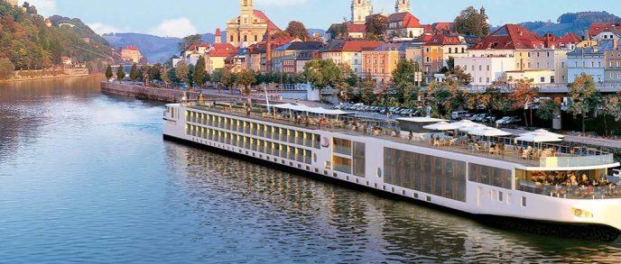 CC_FINO_Ship_Passau_2012_1680x716_tcm21-76528