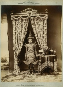 457. [PHOTOGRAPHIES]. Cambodge