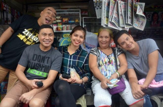 Maine with Lolas At Barangay