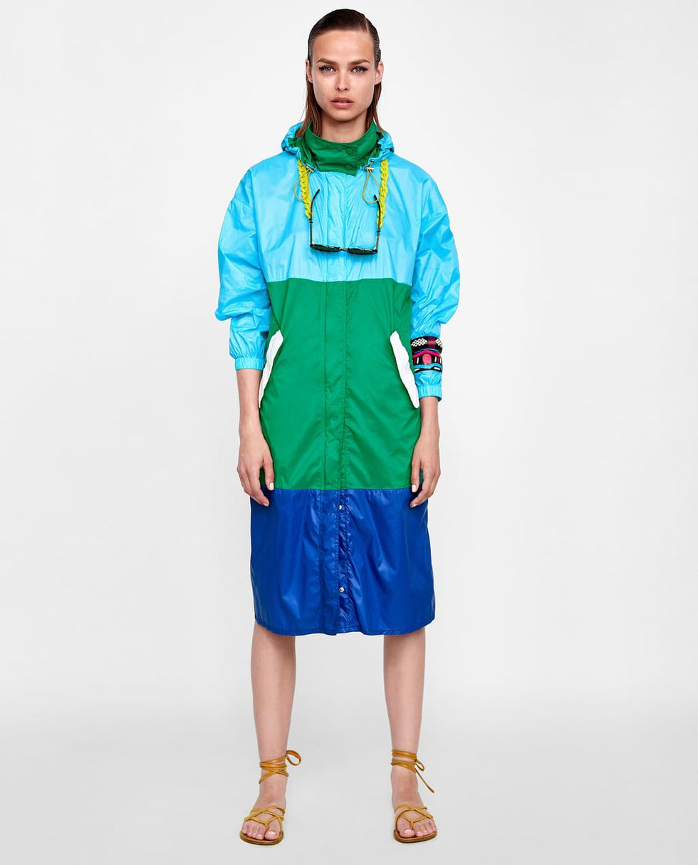 THE ZARA PARKA ON SALE - Color blocking, 80s style, over line for nature