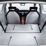 Imagen del maletero, del Volkswagen Up! Lite Concept, con los asientos trasero abatidos