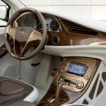 Imagen del interior del coche Híbrido de Mercedes-Benz, el BlueZero E-Cell Plus