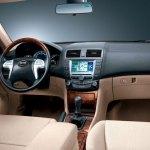 interior del coche hibrido enchufable BYD F3DM