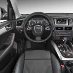 interiores del Audi Q5 Hybrid quattro