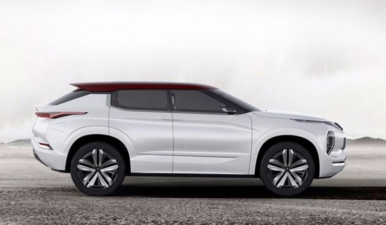 Imagen donde podemos apreciar el diseño exterior del prototipo Mitsubishi Ground Tourer, que Mitsubishi presentará en el próximo Salón de París.