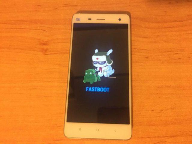 Como instalar Android Oreo 8.0 en el Xiaomi Mi4: Xiaomi Mi4 en Fastboot