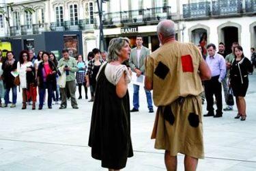 Un momento da presentación das accións formativas do programa Buxiganga, na Praza de San Marcos de Lugo, o 28 de outubro.  GPVDL.
