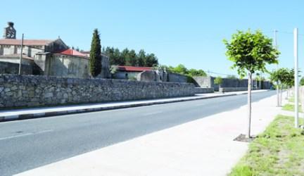 Novo aspecto do contorno do Mosteiro de Ferreira, un dos puntos de interés turístico e cultural máis importante da Ribeira Sacra. EC.