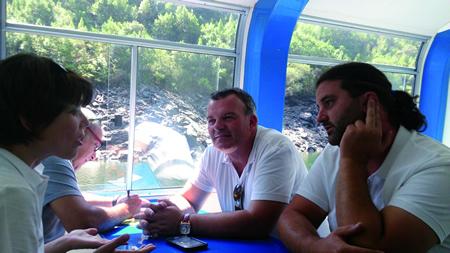 O deputado de Turismo e Patrimonio, Juan Carlos Armesto, fixo unha visita técnica á Ribeira Sacra, acompañado de técnicos e persoal desta área. GPDL.