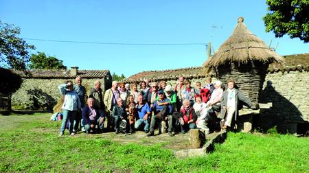 Imaxe da excursión que Lugopatrimonio organizou o sábado 19 de setembro a Palas de Rei e varios puntos da comarca da Ulloa. (Foto cedida: Lugopatrimonio).