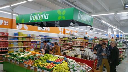 Imaxe da nova tenda Mercarural, que a cooperativa ICOS vén de abrir na capitalidade de Carballedo. (Foto cedida).