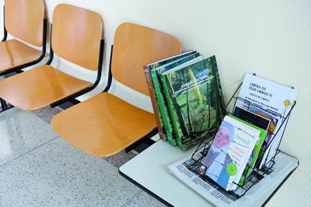 Os libros están dispoñibles nos stands  situados no Concello, no Centro Sociocultural, e nos Centros de Saúde de Bóveda e Rubián. EC