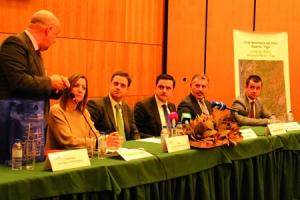 A mesa presidencial da Asamblea Xeral do Eixo Atlántico, celebrada en Santa María da Feira o pasado 17 de febreiro. GCEA.