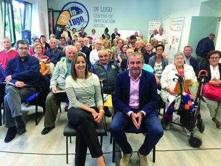 A alcaldesa de Lugo, Lara Méndez, e o presidente da Deputación, Darío Campos, na presentación dos cursos do InLugo para o último trimestre do ano. GPDL