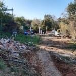 Es retiren els horts il·legals i altres construccions diverses de l'entorn natural del torrent dels Alous