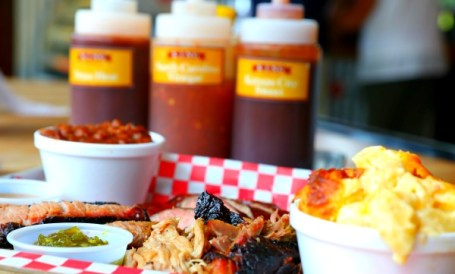 Go to Alpharetta for King Barbecue's pulled pork, brisket, ribs, brisket-baked beans, mac-n-cheese and more. All photos by David Danzig.