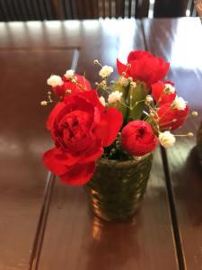 カフェを彩るお花