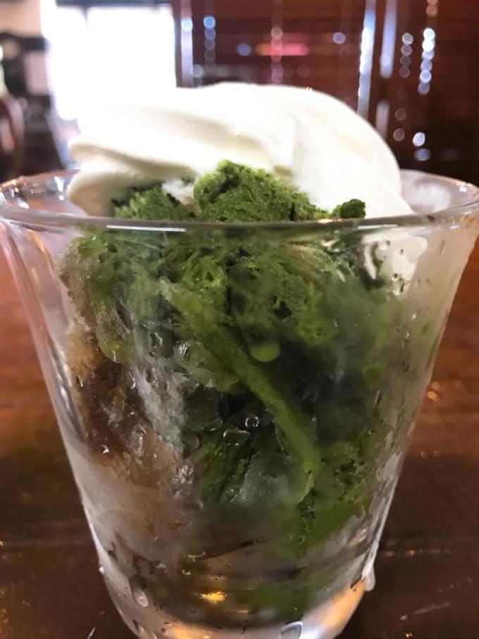 かき氷 宇治の北海道ソフトクリーム乗せ